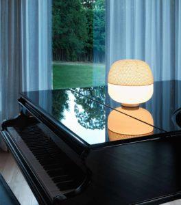 Afra / Lampe de table sans pied avec coiffe écrue Karboxx (ref. 10972)