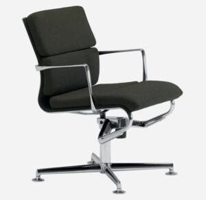 Meetingframe lounge 52 soft / Chaise de réunion tournante en cuir avec accoudoirs Alias (ref. 15020)